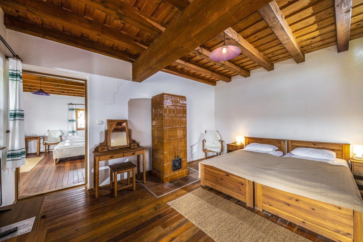 Parasztudvar szoba(1)